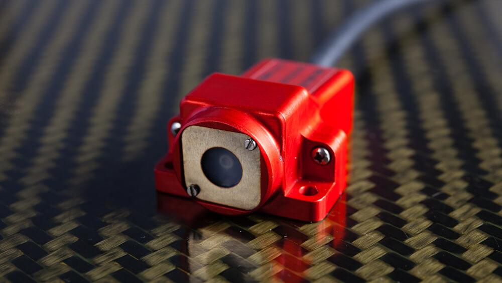Ultra-fast micro-bolometer