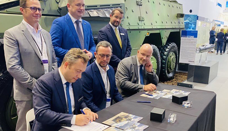 Senior Renvale management team with RBSL and Rheinmetall at the DSEI show